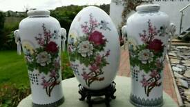 Set of 3 Chinese decorative vases.