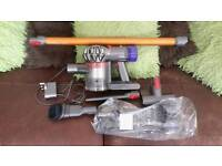 Dyson v8 absolute, Mint,As new,Boxed