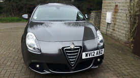 Alfa Romeo Giulietta 2.0 JTDM-2 Lusso 5dr. Low mileage, One Owner From New, Full Service History