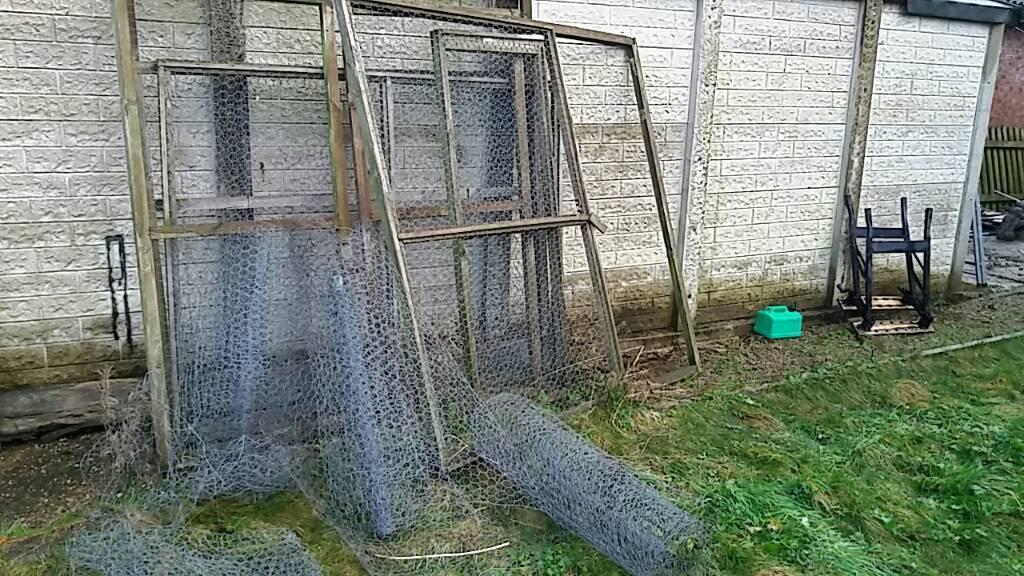 Chicken run / aviary panels wire mesh   in Crewe, Cheshire   Gumtree