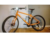 Pinnacle Lithium Road Bike + Titanium D lock, cable and cleaning products