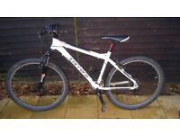 18 inch Carrera Valour Mens bicycle. Excellent condition
