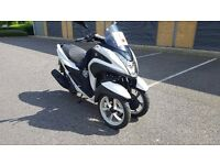 Yamaha Tricity MW 125cc, 1 lady owner, low mileage, only 900 miles