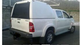 White Truckman top to fit Toyota Hilux Double cab