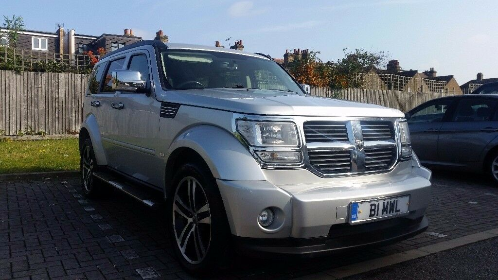 Dodge Nitro NOT Range Rover ? *Stand out from the crowd* Loads of Extras