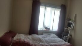 **Cosy Double Bedroom* Flexible moving date!