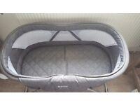 Inovi Cocoon moses/travel basket