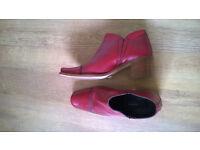 Ladies Italian Leather shoes size 39 (uk 6)