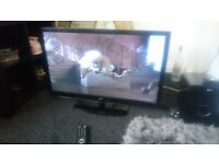 """for sale 32"""" hd led widescreen tv with freeview and remote control £40"""