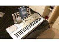 Yamaha E303 YPT-300 Keyboard