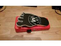 Snarling dogs addicted to wah pedal