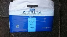 Incontinence pads, 28 pack
