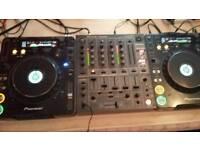 Pioneer cdj 1000 mk3 with djm 600