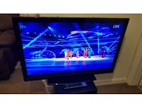 """Toshiba LCD TV 40"""" full HD with Freeview - can deliver"""
