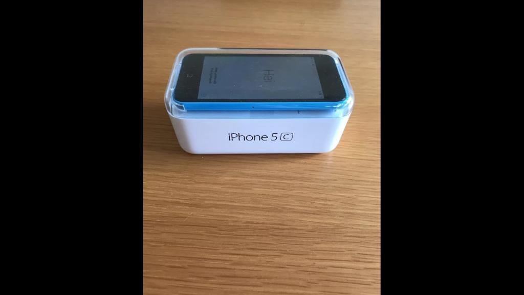 Apple iPhone 5c gift boxed wifi iPod music player gps free apps