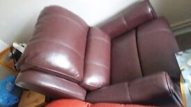BRAND NEW LEATHER ELECTRIC RECLINING CHAIR