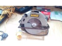 Dewalt skil saw and carry bag
