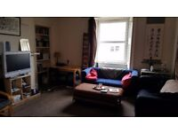 Lovely room to let on Leith Walk
