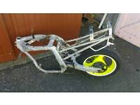 Suzuki gsxr 400 frame swing arm wheel disc tyre shock