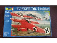 Set of 3 Revell Model plane kits