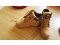 NEW Womans Redwood Steel Toe Boots