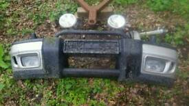 Land Rover Discovery 2 TD5 V8 bumper with bar and spots. Blenheim Silver 642