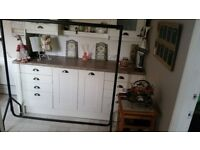 Clothes Rail - Sturdy Metal 1.5 metres wide with castors.