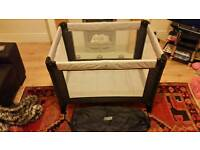 Travel Cot / Play Pen - Mamma & Pappa's