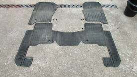 Land Rover Discovery 3 rubber floor mats