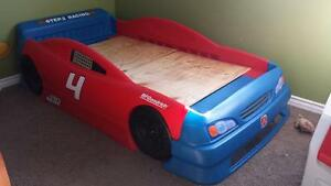 step 2 toddler convertible race car bed red and blue ebay