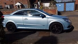 VAUXHALL ASTRA 1.9 TWINTOP 65000MILES .FSH VERY CLEAN CAR