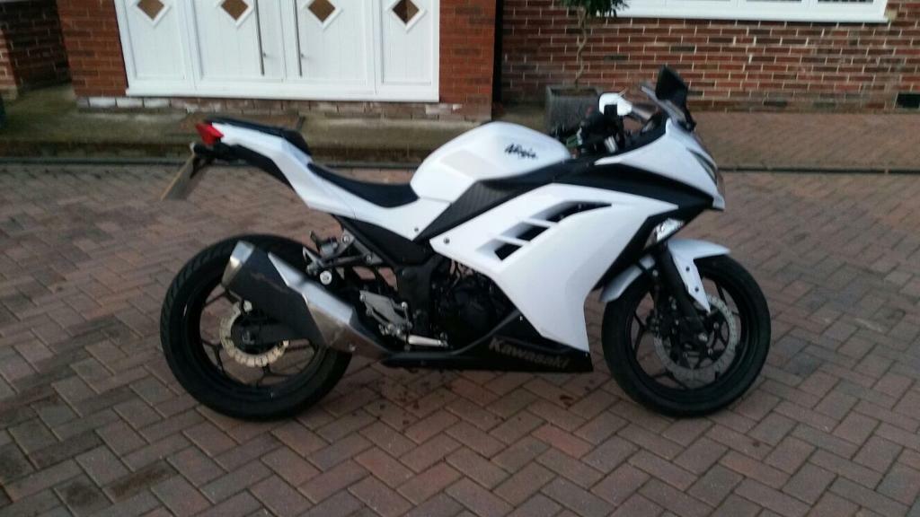 2014 64 Kawasaki Ninja 300 A2 In Hayes London Gumtree