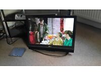 """19"""" LG LCD Freeview TV with Wall Bracket & Remote Control"""