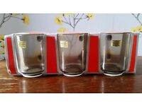 Set of 3 glass mugs