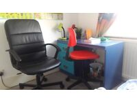 Children's desk and 1 red desk chair