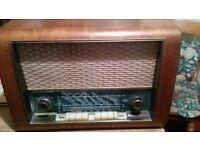Sondyna Vintage Radio