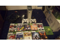 Xbox 360 Bundle (Official Controller, 13 Games) Minecraft, Terraria