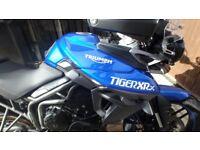 Triumph Tiger 800 XRx, 2016 (65) Blue.
