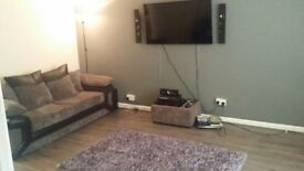 1 Double room available in a3 bed house