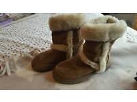 Girls 'Ugg like' boots