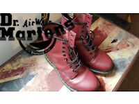 Dr Martens Boots Size 7 UK. (Good Condition)