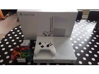 XBOX ONE S (White) 2TB Console Bundle - Fifa 16 & FIFA 17