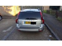 VOLVO V50 2.D MOT january 17 looking for swap for 7 seater or sale due expanding family