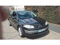 SUPERB 2004 RENALT MEGANE 3 DOOR HATCHBACK, ALLOYS, C.D PLAYER, 6 SPEED, LONG MOT. TAXED ONLINE.
