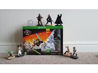 Disney Infinity 3.0 starter pack plus 8 figures - Xbox one