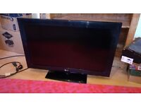 32 inch HAD 1080p LCD TV with built in freeview 2 x HDMI + USB connectivity