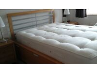 King-sized bed plus orthopedic mattress - very clean
