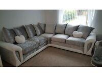 SRUNNING and luxury Shannon corner sofa