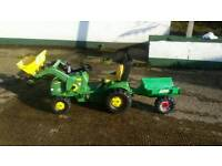 John deere roly toys ride on tractor