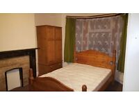 LARGE FURNISHED DOUBLE ROOM £450PCM NO DEPOSIT REQUIRED CLOSE TO STATION